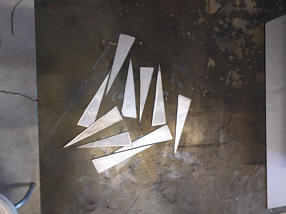 薄板で切り出した三角板