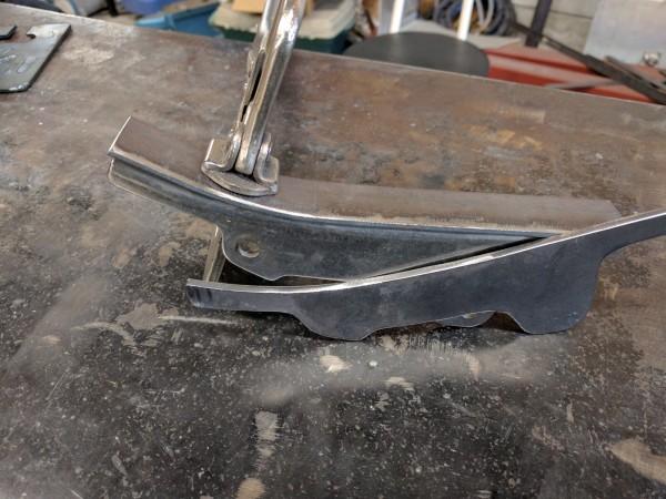 鉄板をTIG溶接