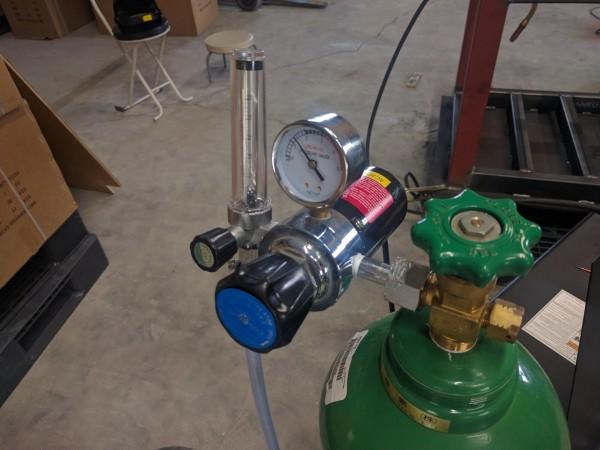 炭酸ガス調整器