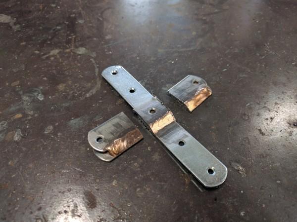 溶接した鉄板を切った